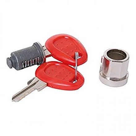 AccReplacement key and lock for E52 V46 cases Givi