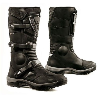 Adventure Boots Forma