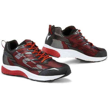 Black-Red Paddock Shoes Tcx