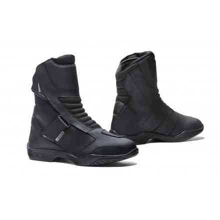 Boots Rival Black Forma