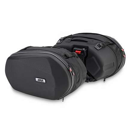 couple bags thermoformed Givi