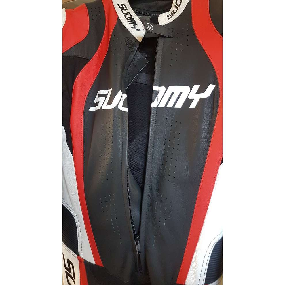 Morefaster Prof. Suit Suomy