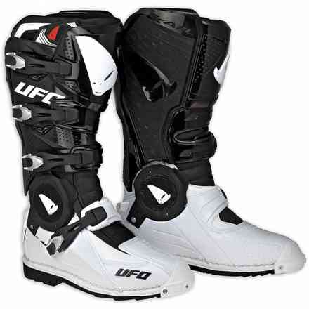 Recon white black Boots Ufo