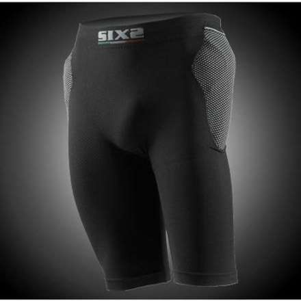 Short with protector hips and tailbone Sixs