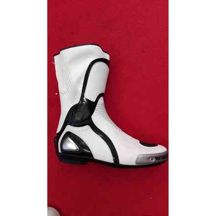 Torque Out boots Dainese