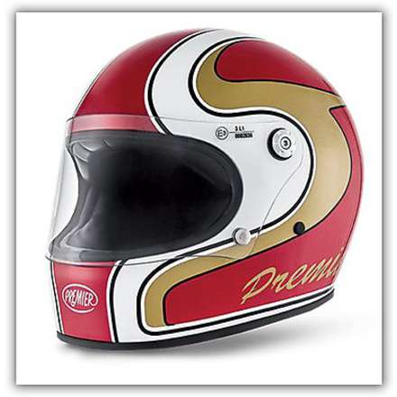 Trophy M Red Helmet Premier